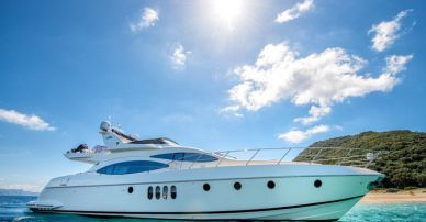 Azimut 68Plus name 'Manu'